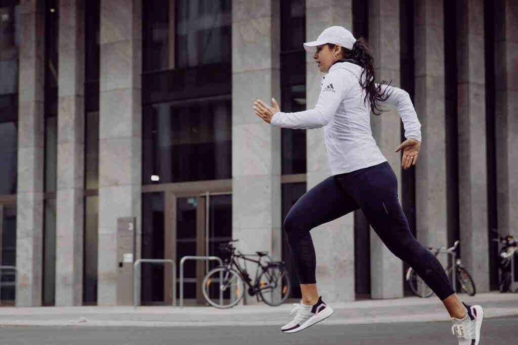 Est-ce que courir sur place vous fait perdre du poids?
